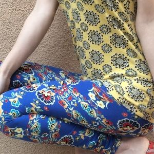 OUTFIT Lularoe SOFT Leggings One Size Blue Paisley